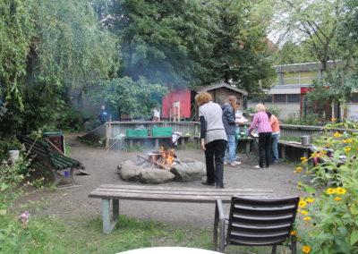 Ein Lagerfeuer gehört bei den Kiez Kids fast immer dazu